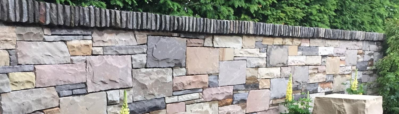 Mur med natursten