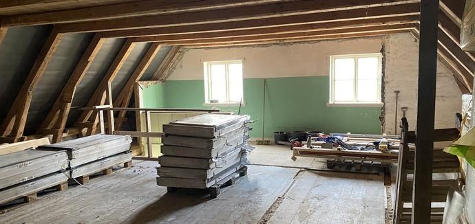 1. sal på Ruds Vedby gl. skole under renovering til E-sportslokale
